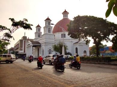 Gereja_Blenduk_Semarang (1)