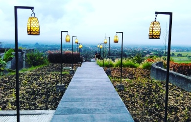 Abhayagiri Restoran2 (1)