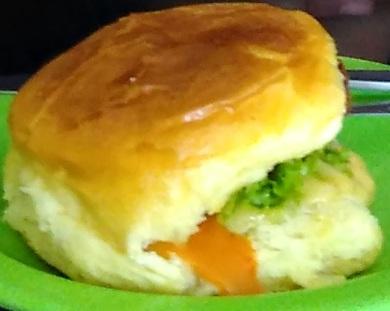 burger-monalisa_-sisingamangaraja_jogja-4